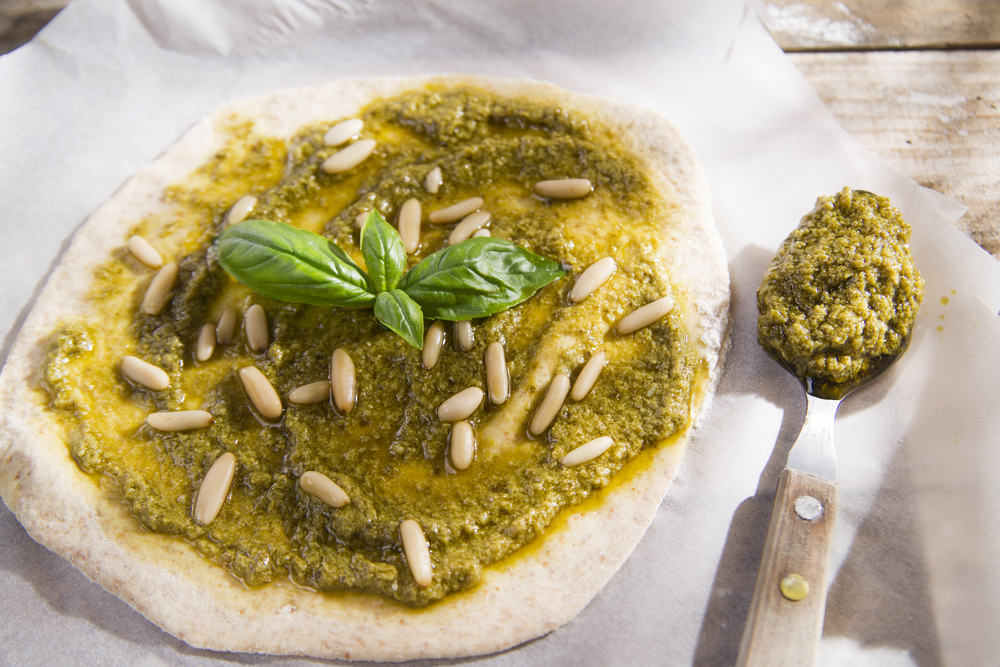 Pizza met pesto