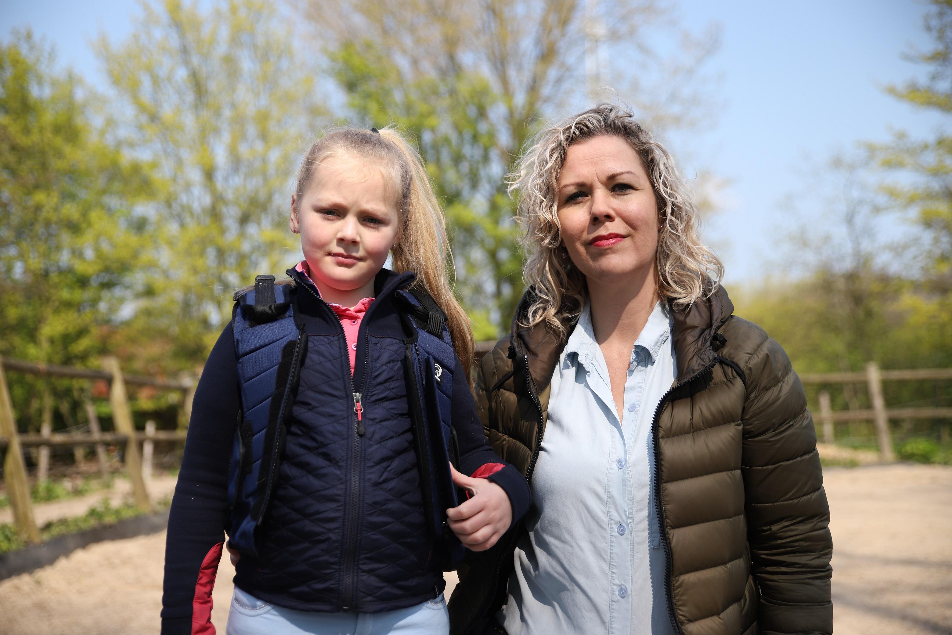 Chantal en Wies outdoor selectie verkleind