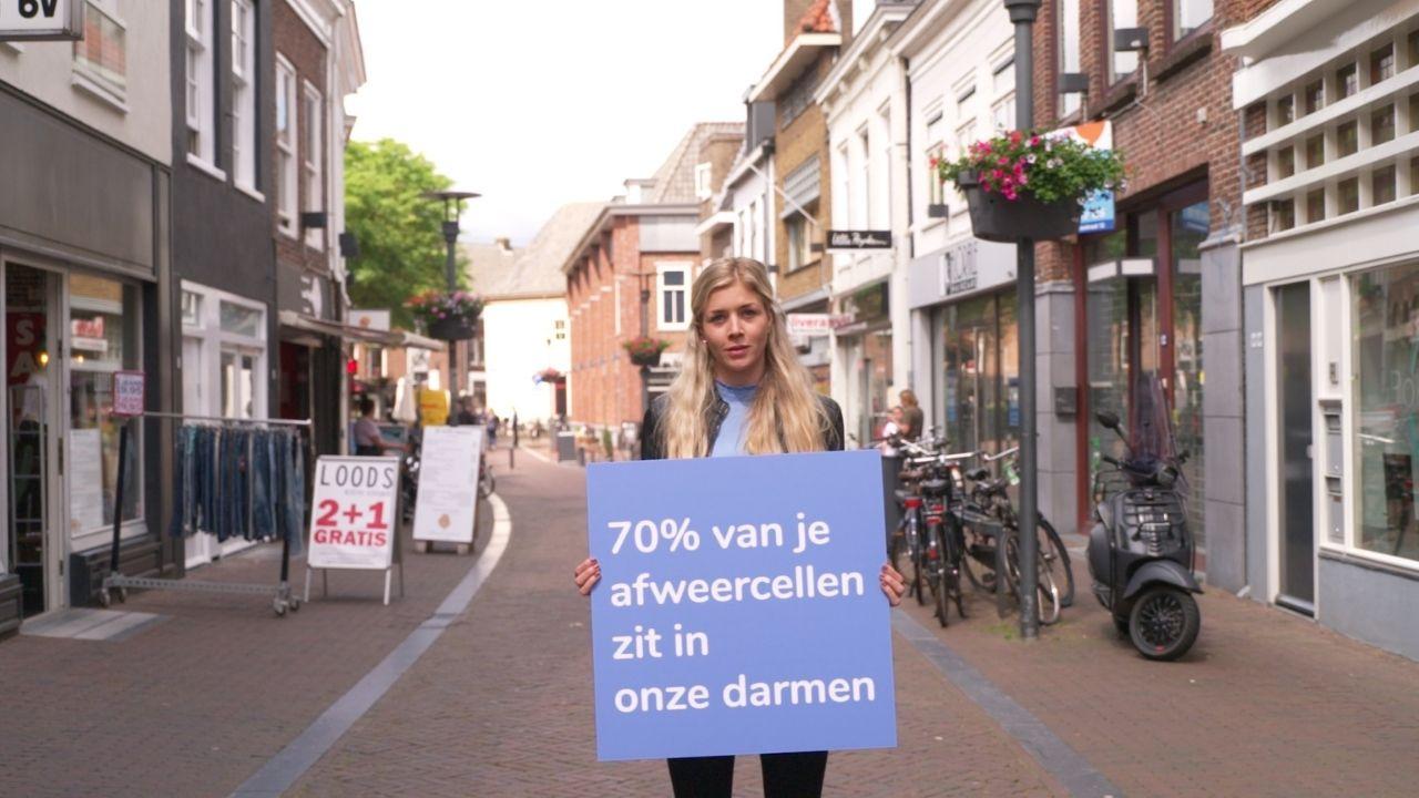 https://www.mlds.nl/content/uploads/Foto-van-Marloes-met-bord-over-weerstand.jpg